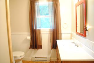 cozy_bathroom